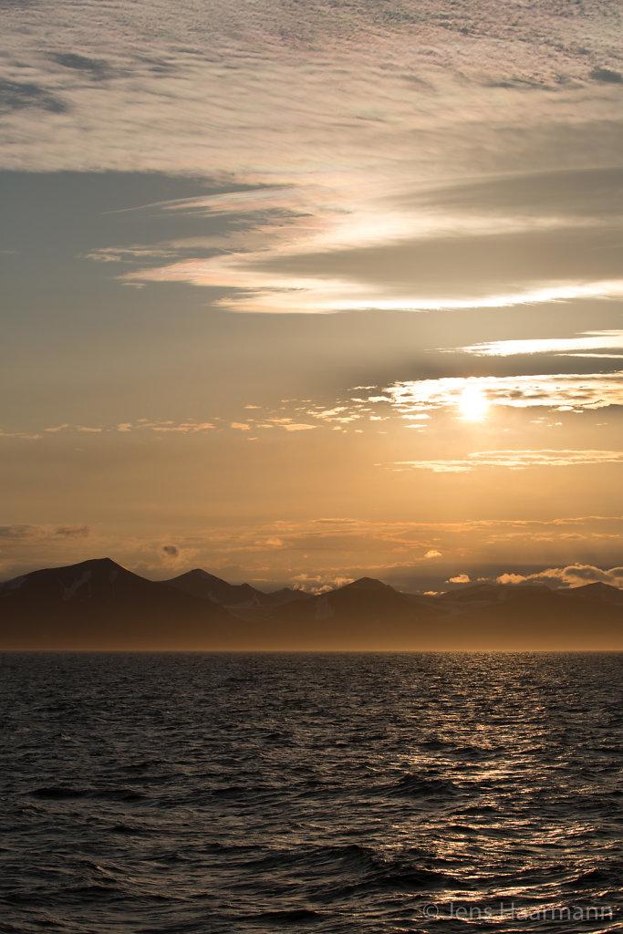 Abendstimmung im Storfjorden - zwischen Spitzbergen und Edgeøya